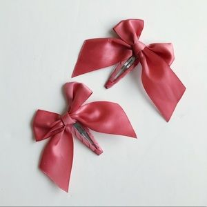 10/$30 2-Piece Pink Rose Ribbon Covered Hair Clips
